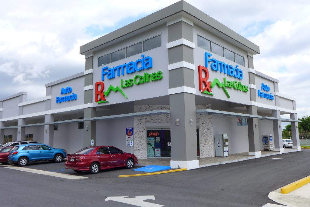 Building, Pharmacia Las Colinas, Apotheke bei AT Design Team