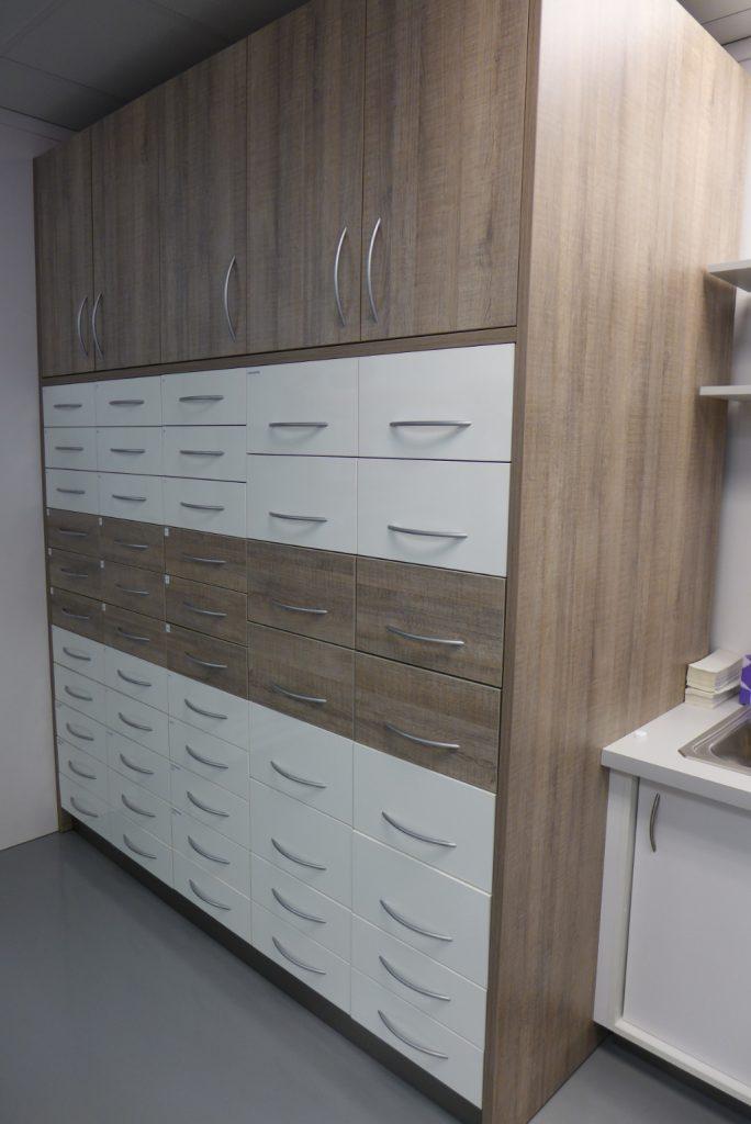 Drawer units, Custom Rx Pharmacy, Apotheke bei AT Design Team