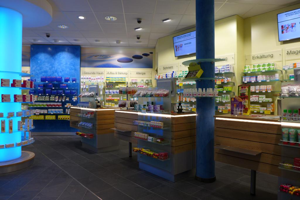 HV Tische, Apotheke Ruhrgebiet, Pharmacy by AT Design Team