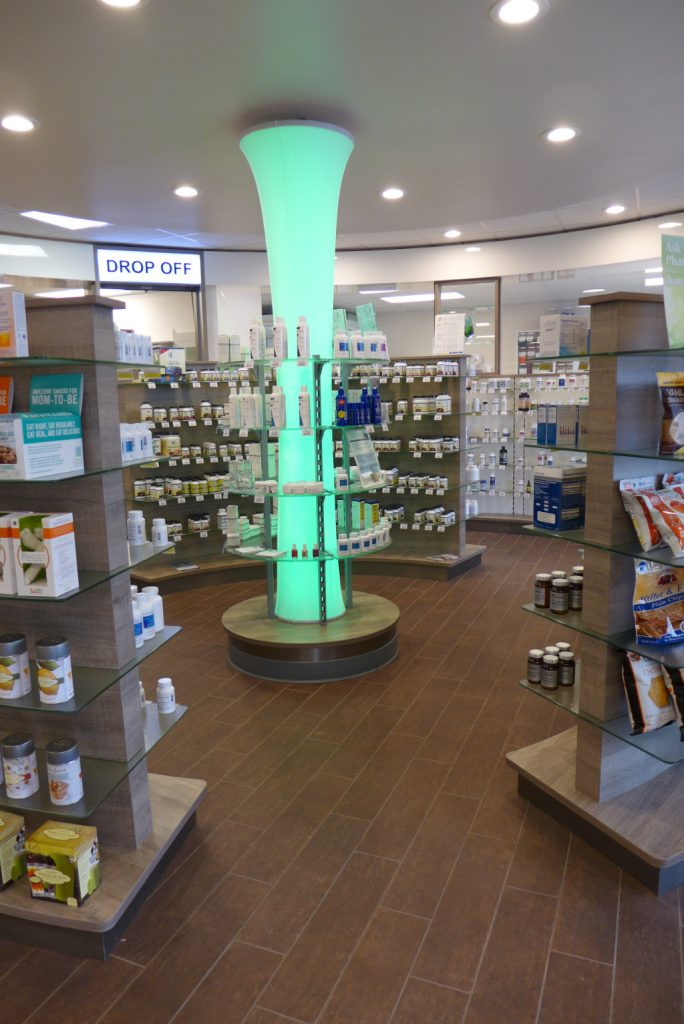 LED Light column, Custom Rx Pharmacy, Apotheke bei AT Design Team