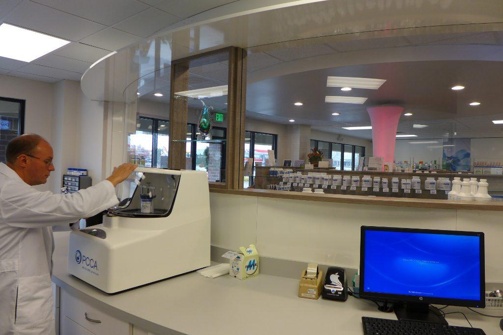 Lab, Custom Rx Pharmacy, Apotheke bei AT Design Team