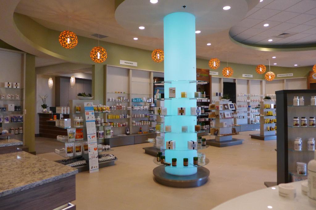 Lichtsäule, Everwell Pharmacy, Apotheke bei AT Design Team