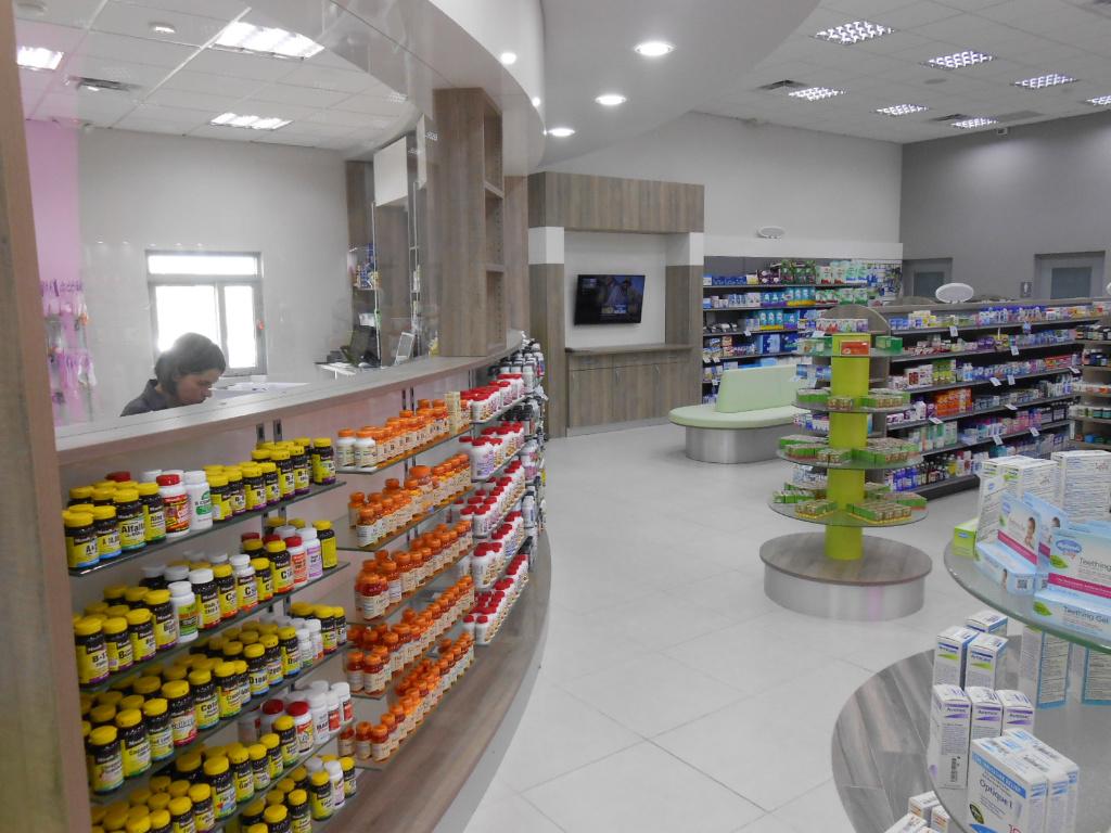 Rx Front, Pharmacia Las Colinas, Apotheke bei AT Design Team